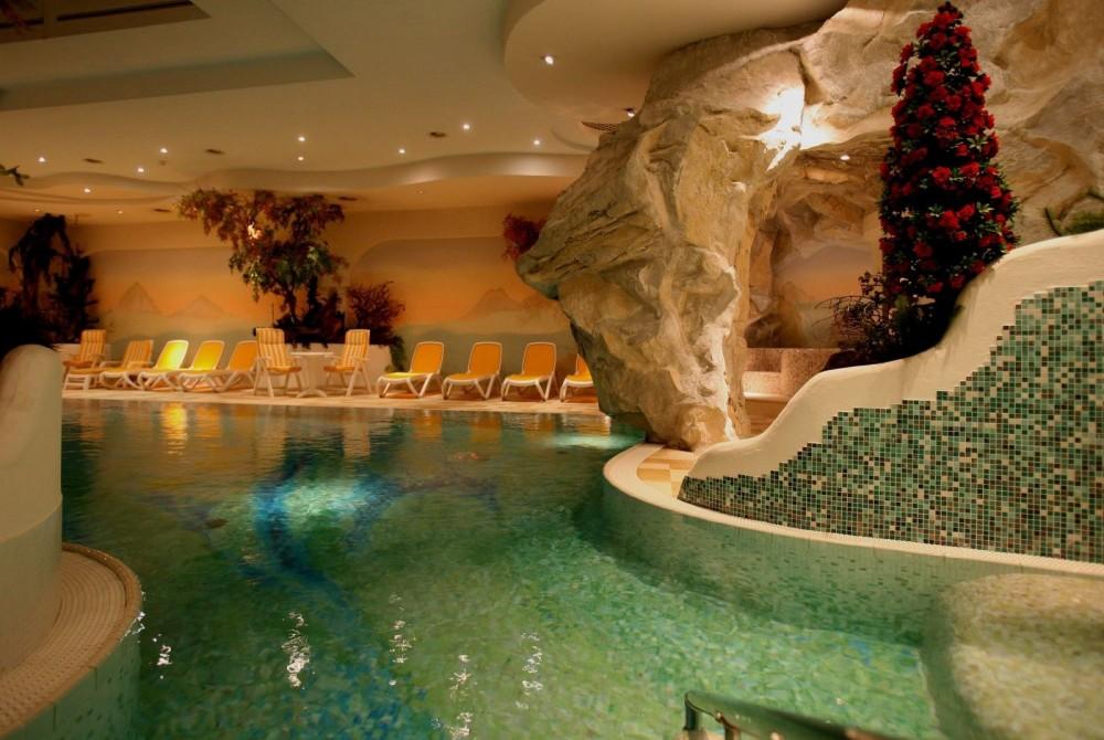 Hotel Val Di Fiemme Con Piscina