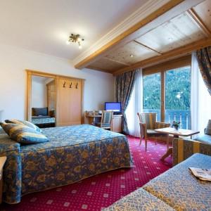 Alpen Hotel Corona - Camera comunicante