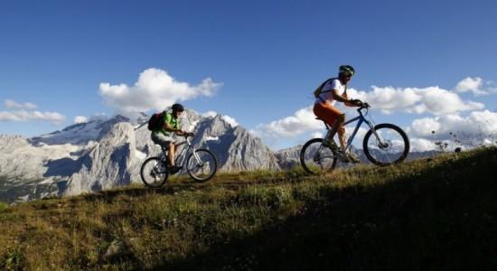Vacanze in Mountain Bike nel cuore del Sellaronda